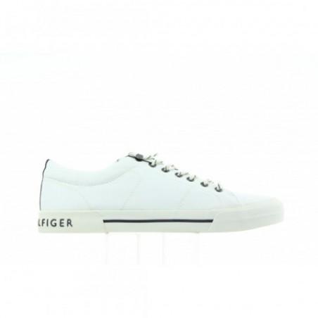 Sneakersy Tommy Hilfiger Yarmouth 2D FM0FM00593 100