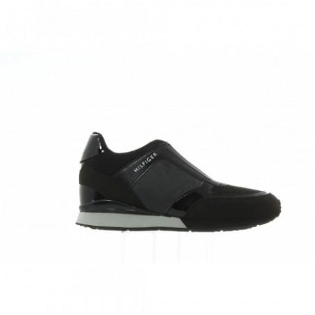 Sneakersy Tommy Hilfiger Sady 12C FW56821996 990