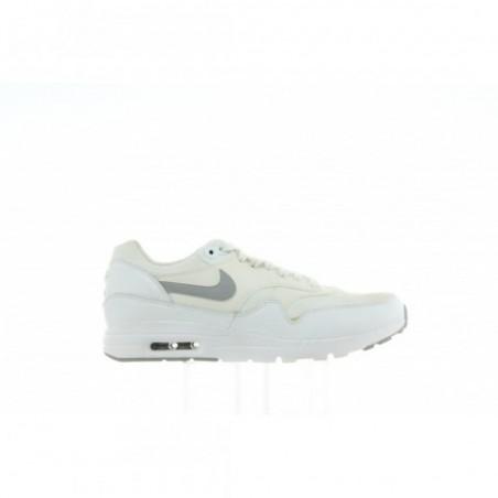 Buty Nike Air Max 1 Ultra Essentials 704993 102