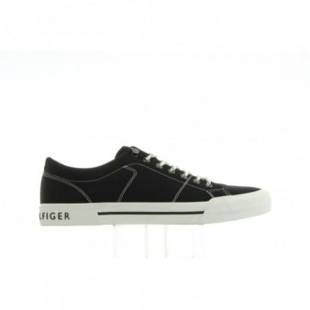 Sneakersy Tommy Hilfiger Yarmouth 2D FM0FM00593 990