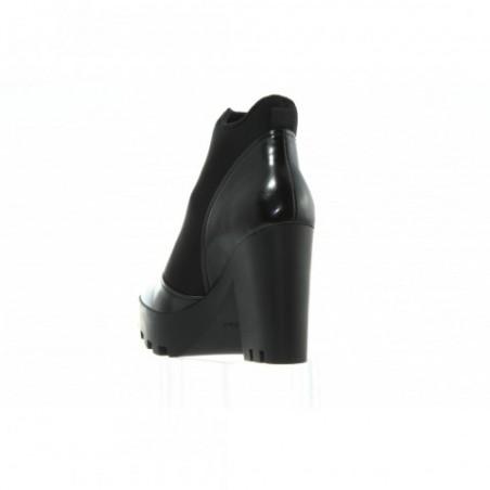 R0586 Black Czarny