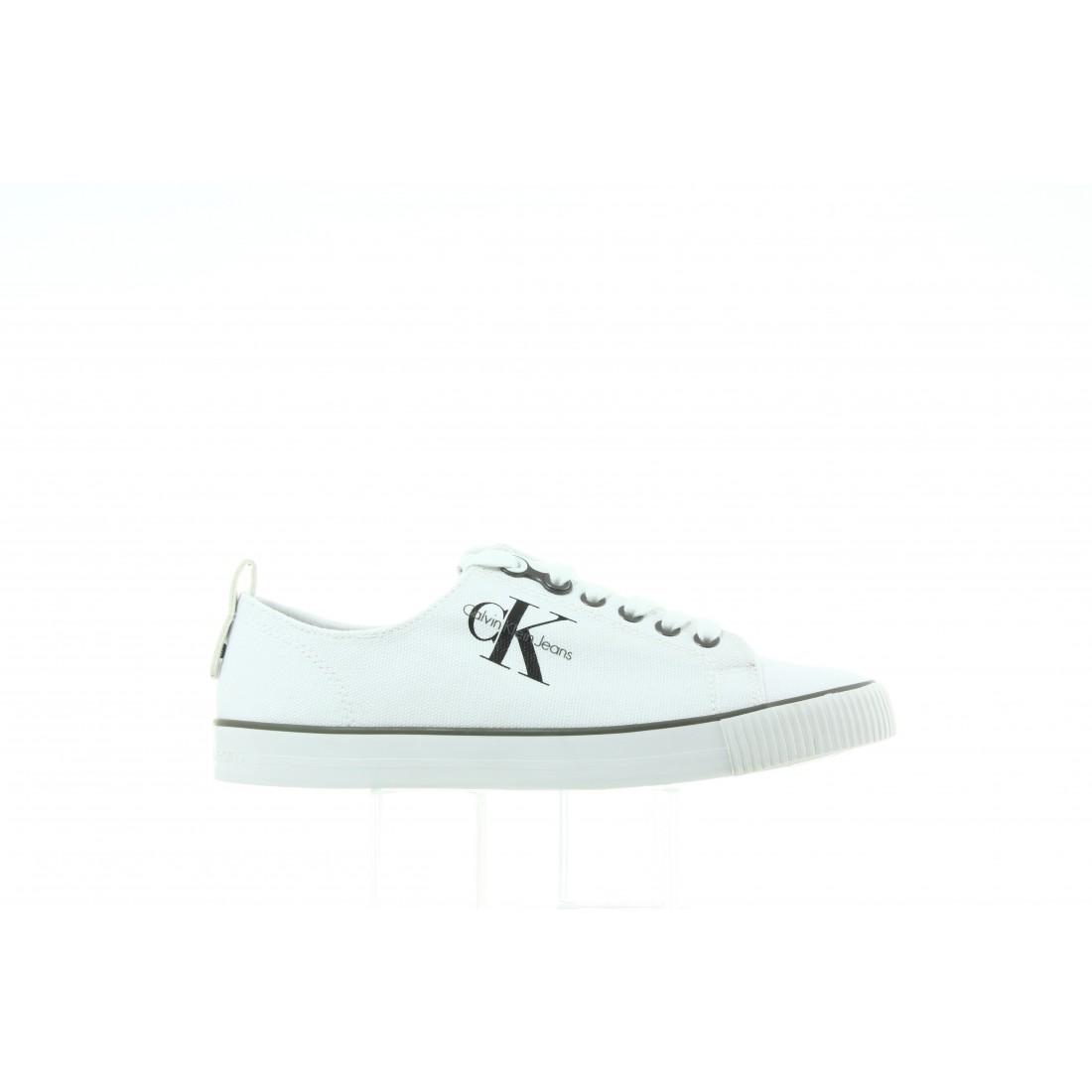 R3556 White Biały