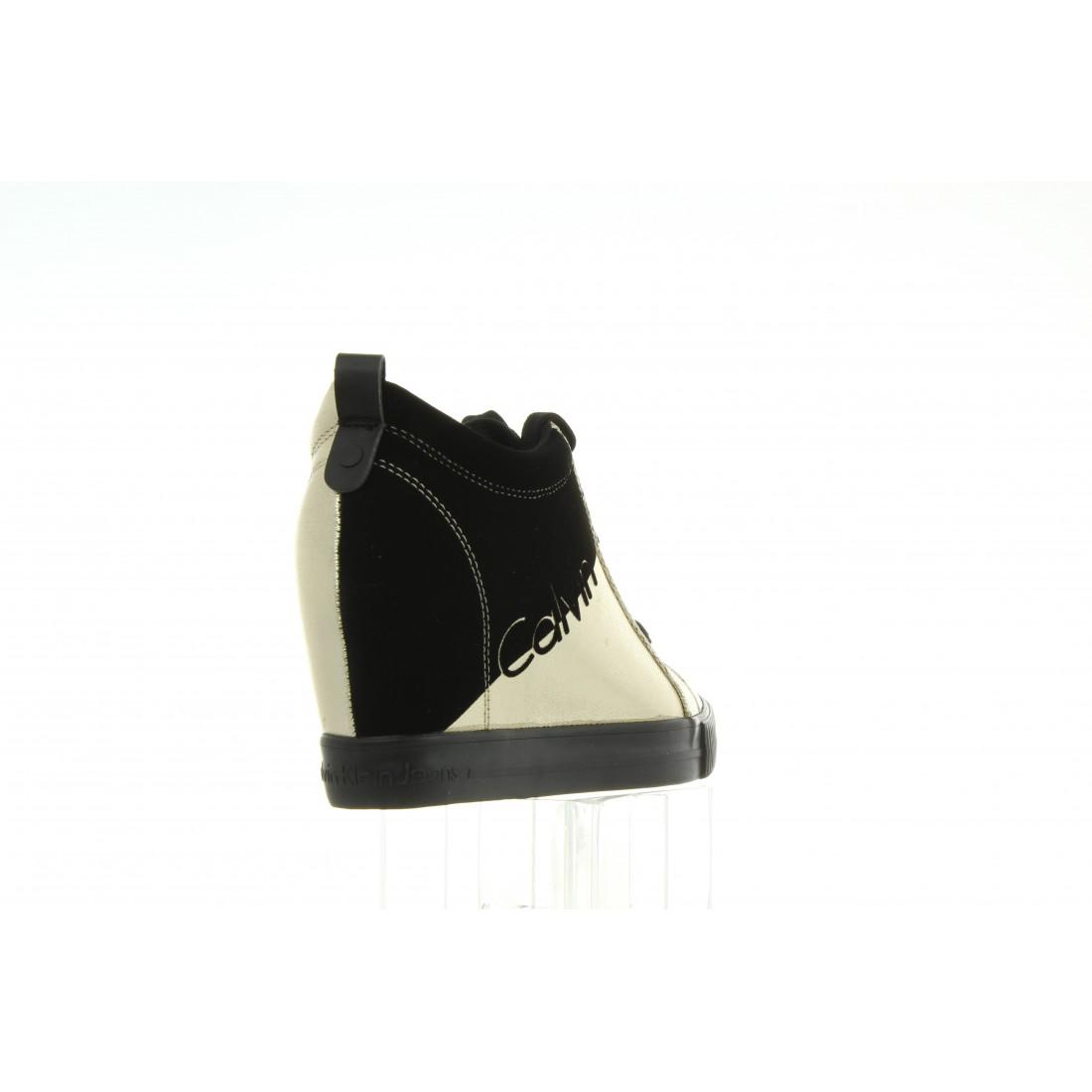 R0646 Gold Black Czarny