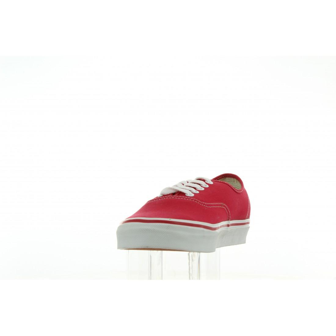 VN-0 EE3RED Czerwony