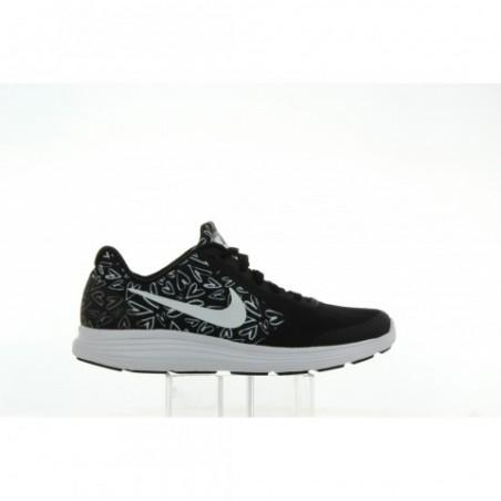 Buty Nike Revolution 3 870047 001