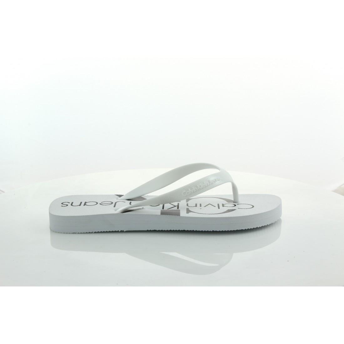 S0063 White Biały