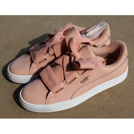 Sneakersy  Puma Basket Heart Patent 363073 11