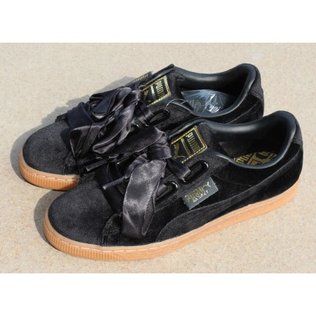 Sneakersy  Puma Basket Heart Velvet 367274 01