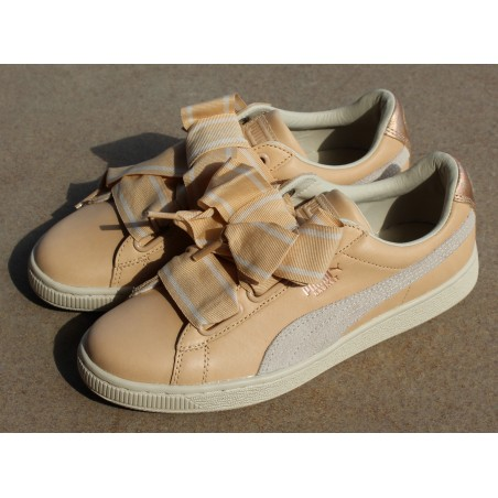 Sneakersy  Puma Basket Heart UP RG 366175 01